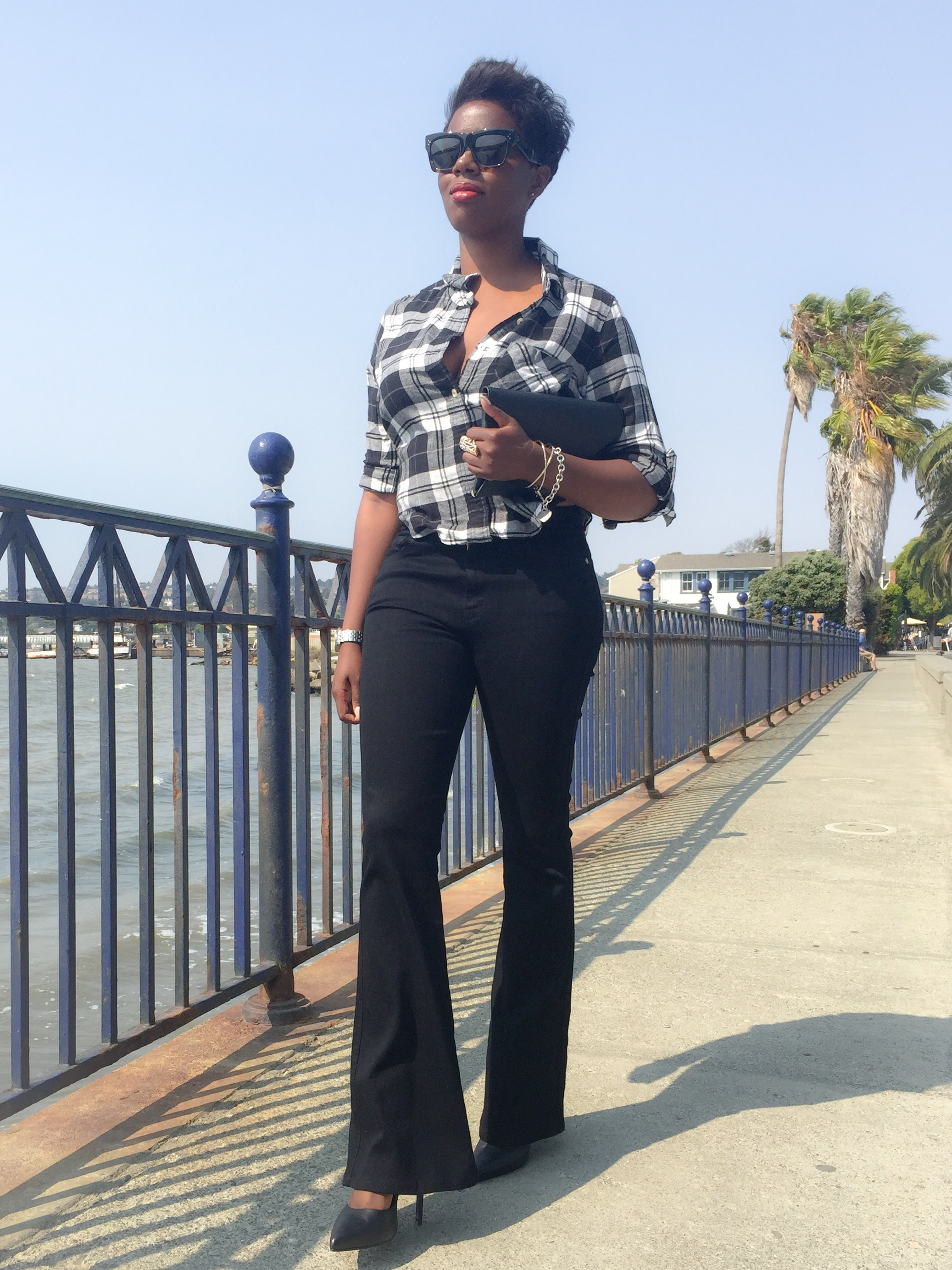 Black Flare Jeans Fashion Blogger 2015